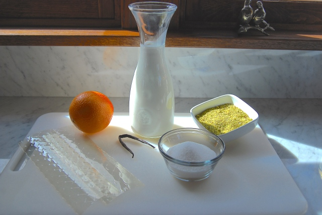 Panna cotta all'arancia con pistacchi di Bronte
